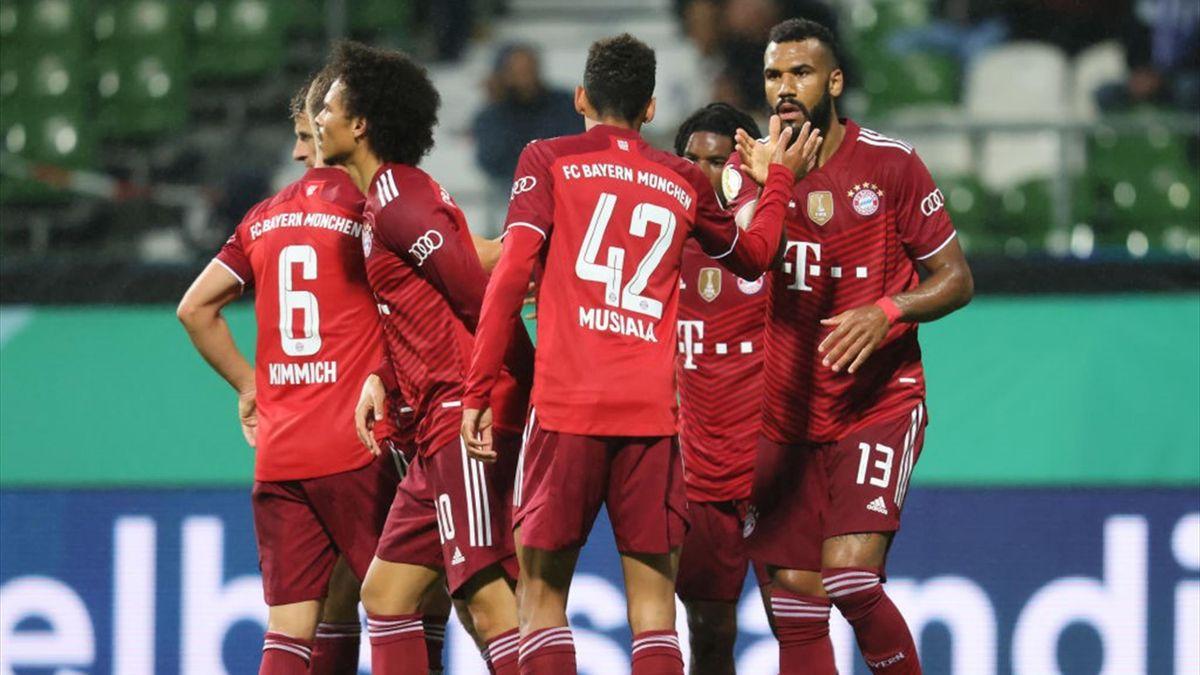 I giocatori del Bayern Monaco esultano - Bremer SV-Bayen Monao Coppa di Germania