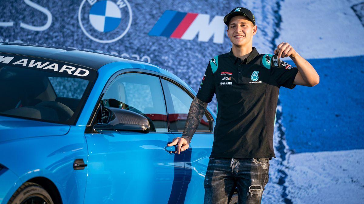 Fabio Quartararo (Yamaha Petronas SRT) reçoit les clés de sa BMW M2 au Grand Prix du Portugal 2020
