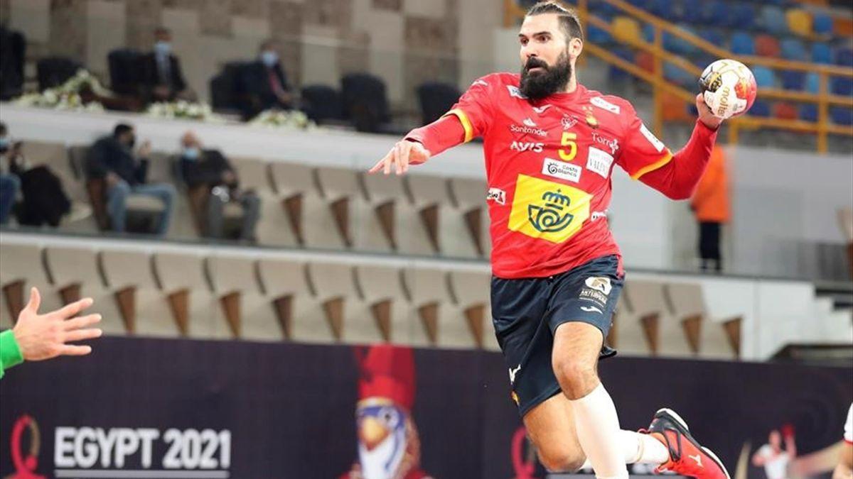 Jorge Maqueda (España) anota un gol frente a Túnez.