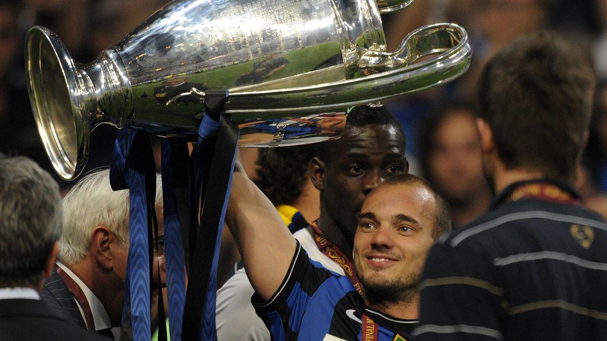Sneijder cucerea în 2010 trofeul Champions League