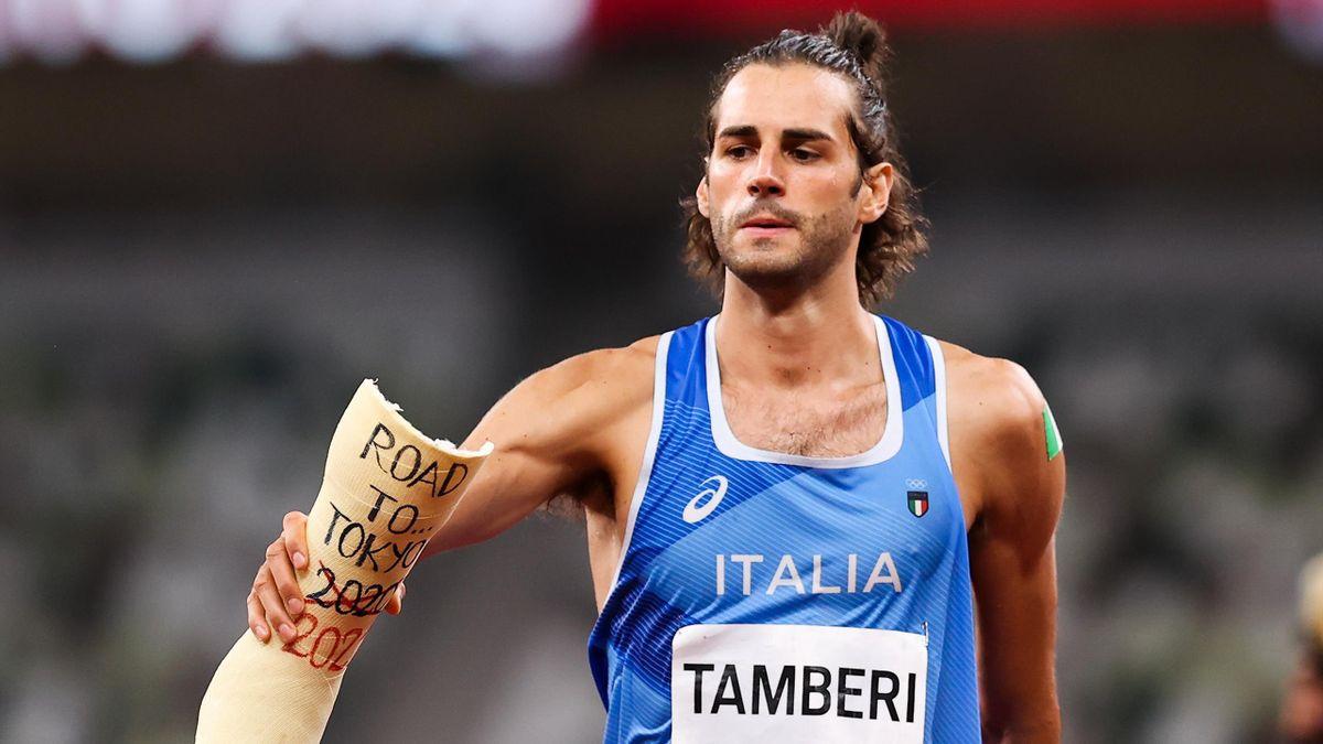 Gianmarco Tamberi mit dem Gips einer früheren Verletzung