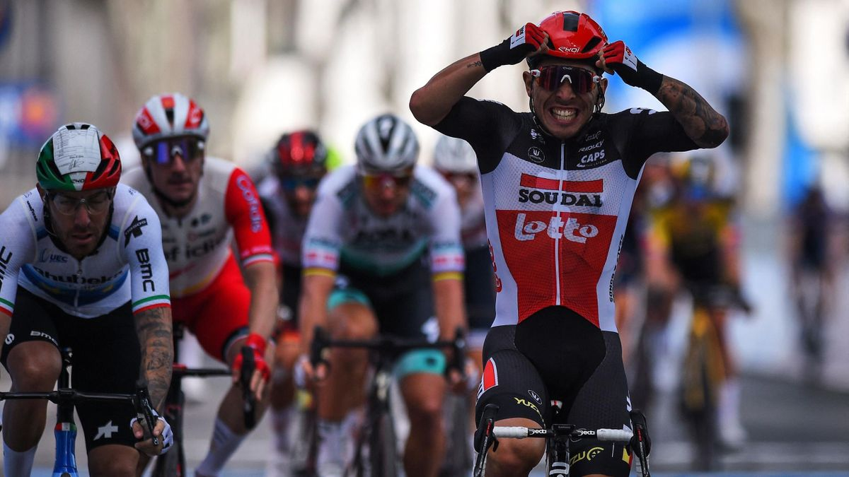 Highlights: Landa crashes out as Ewan wins Stage 5