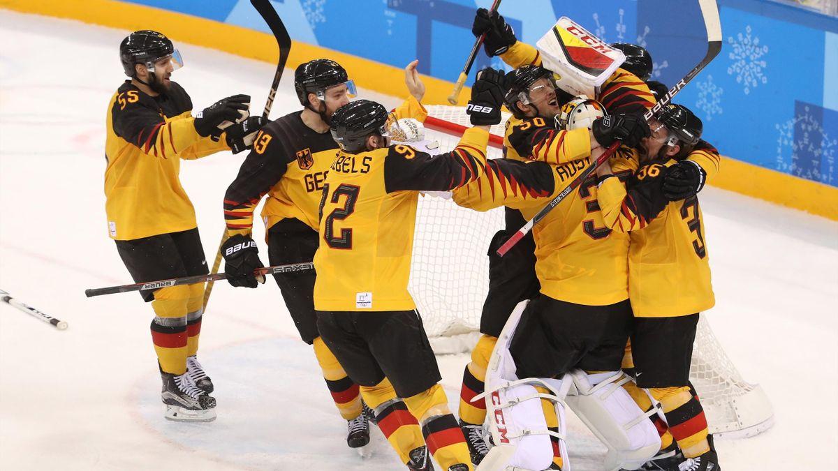 Jubel bei Deutschland nach dem Halbfinal-Coup gegen Kanada