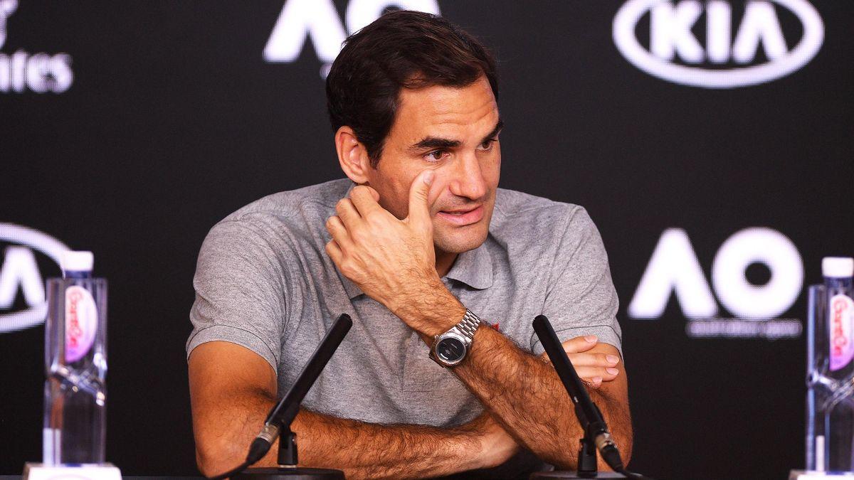 Roger Federer auf einer Pressekonferenz während der Australian Open