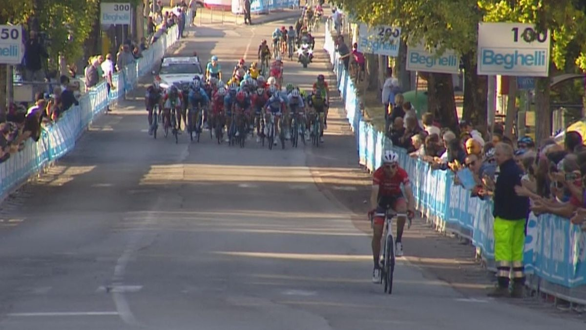 GP Bruno Beghelli : Finish