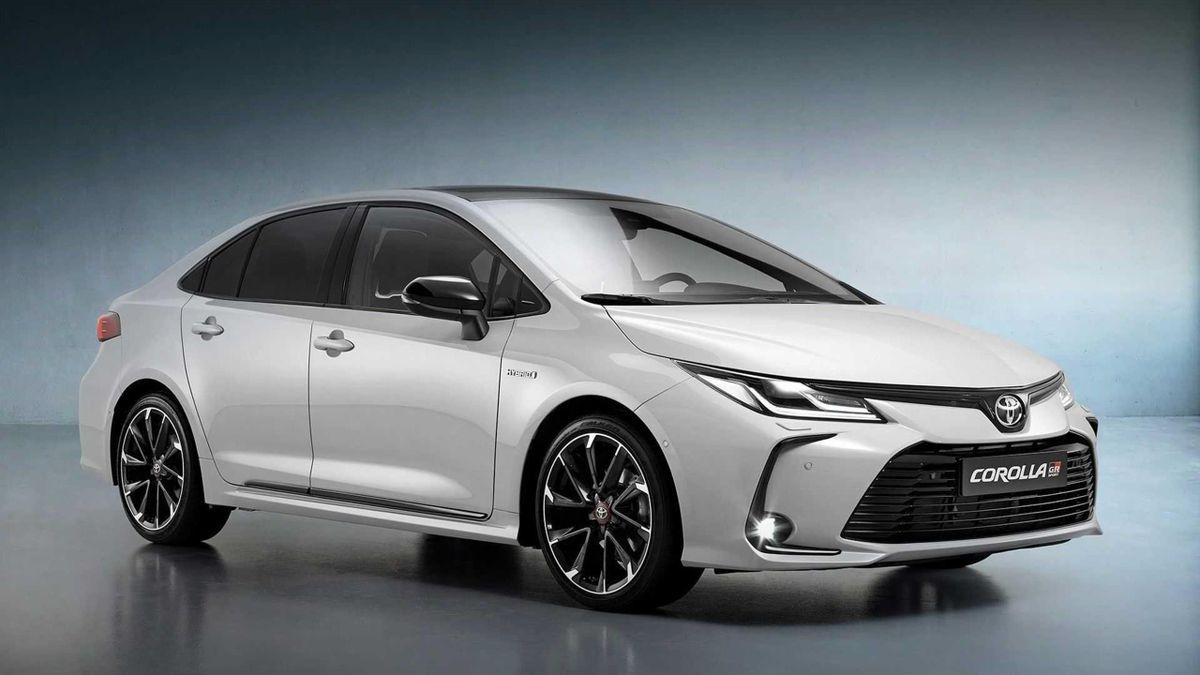 Toyota Corolla GR Sport szedán