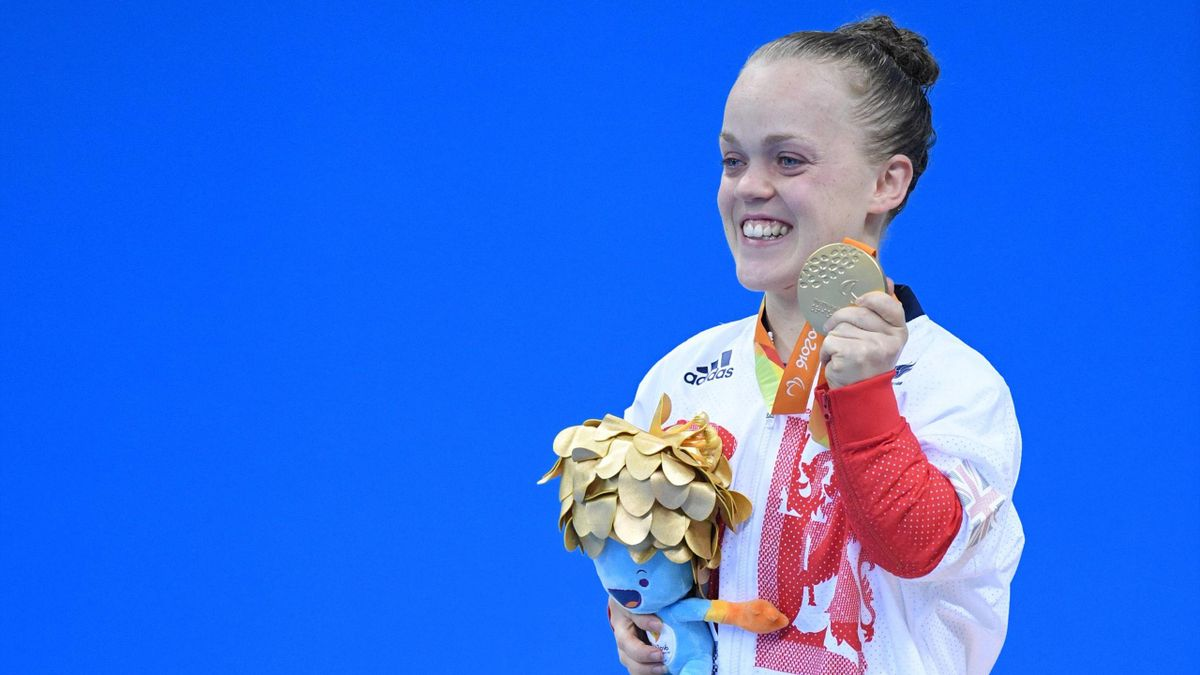 Ellie Simmonds wins gold at Rio