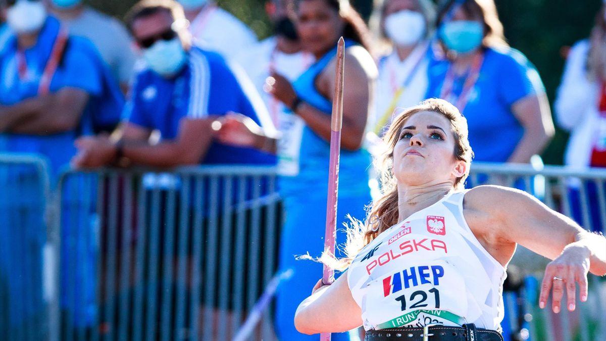 Speerwerferin Maria Andrejczyk hat mit 71,40 Meter die drittbeste Weite der Geschichte geworfen