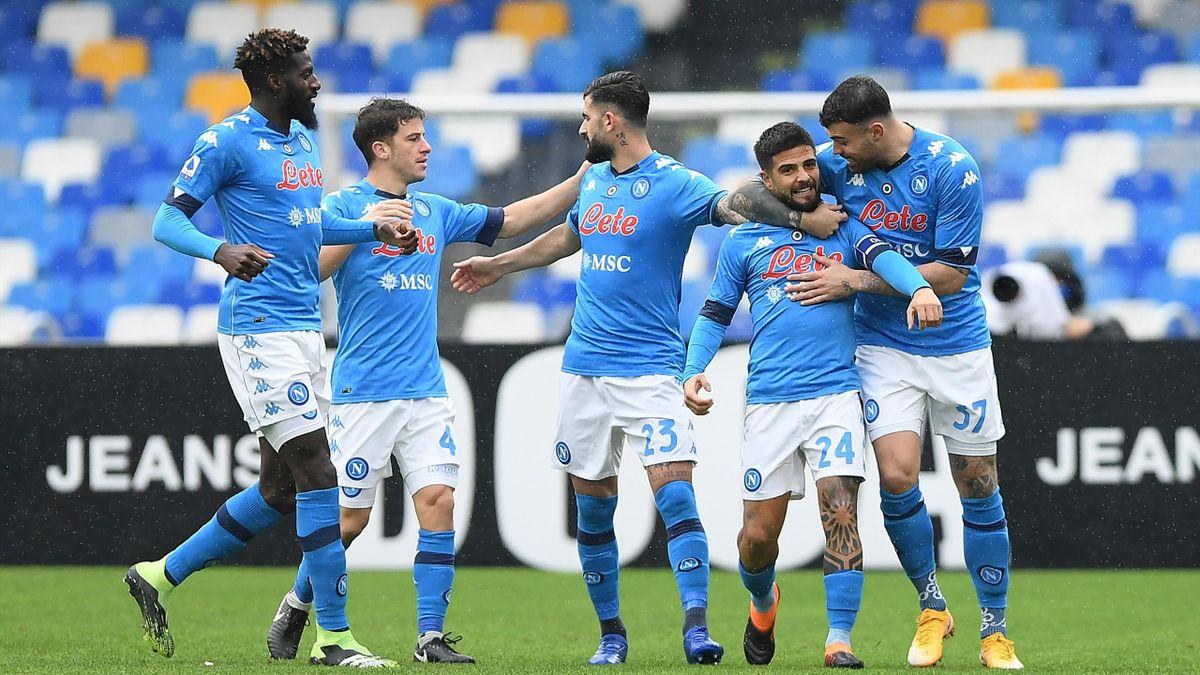 Napoli-Fiorentina, Serie A 2020-2021: Lorenzo Insigne (Napoli) esulta dopo il gol dell'1-0 al 5' (Getty Images)