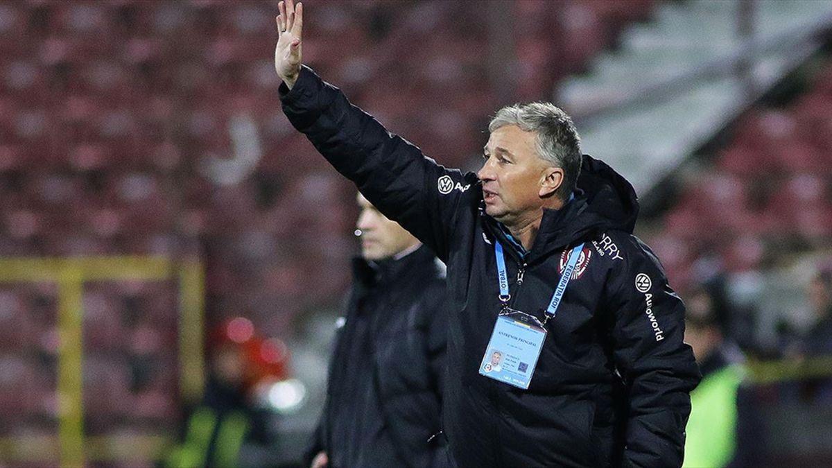 Dan Petrescu, antrenorul lui CFR Cluj