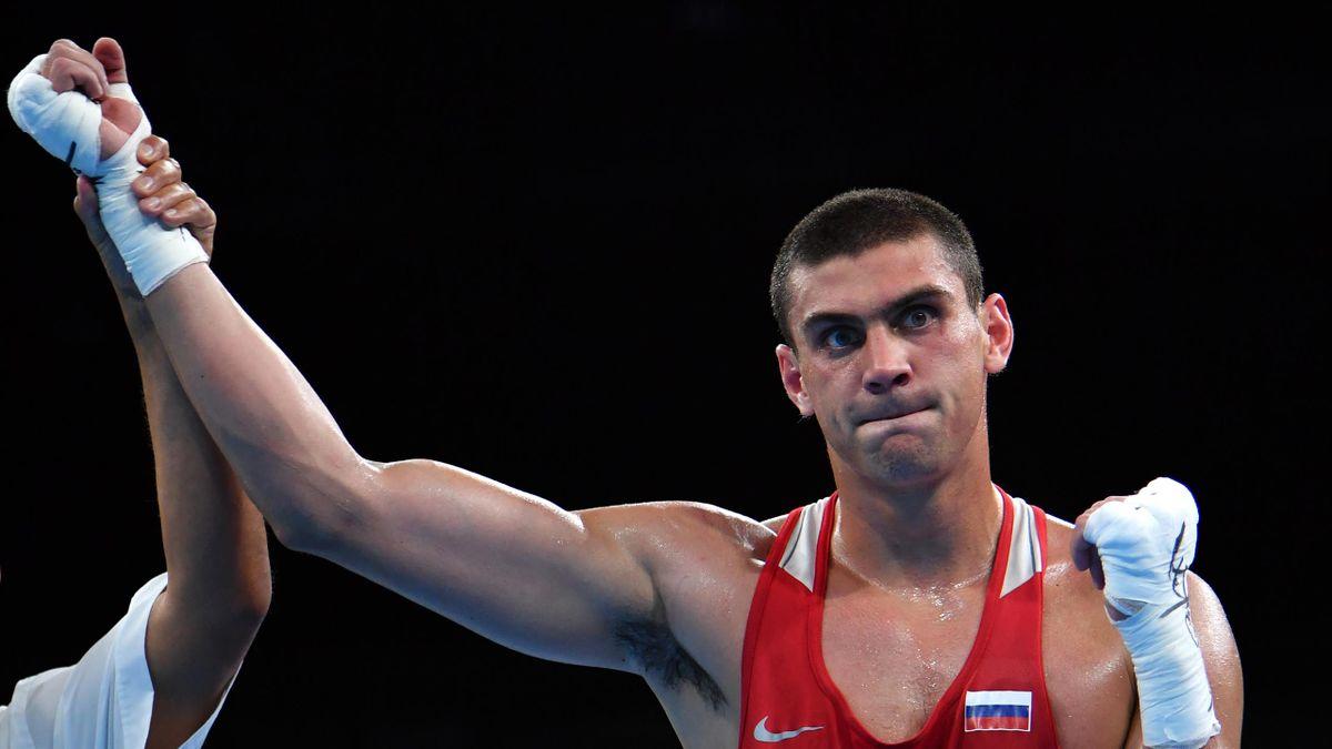 Schwergewichtsboxer Jewgeni Tischtschenko holt Gold in Rio.