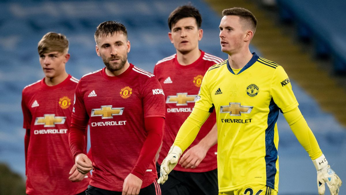 Brandon Williams, Luke Shaw, Harry Maguire and Dean Henderson of Manchester United