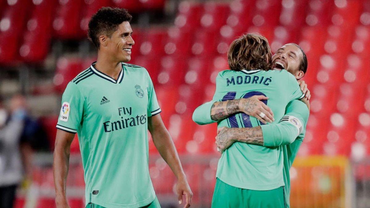 Real Madrid a câștigat pe terenul celor de la Granada
