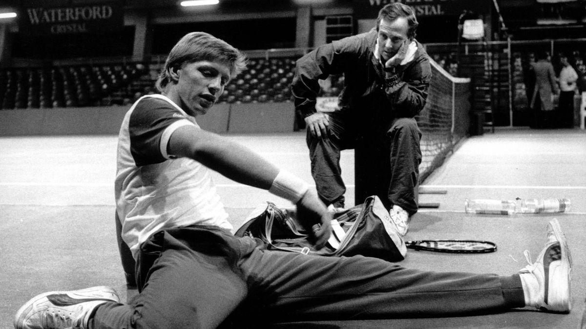 Bob Brett (dreapta) și Boris Becker 1987