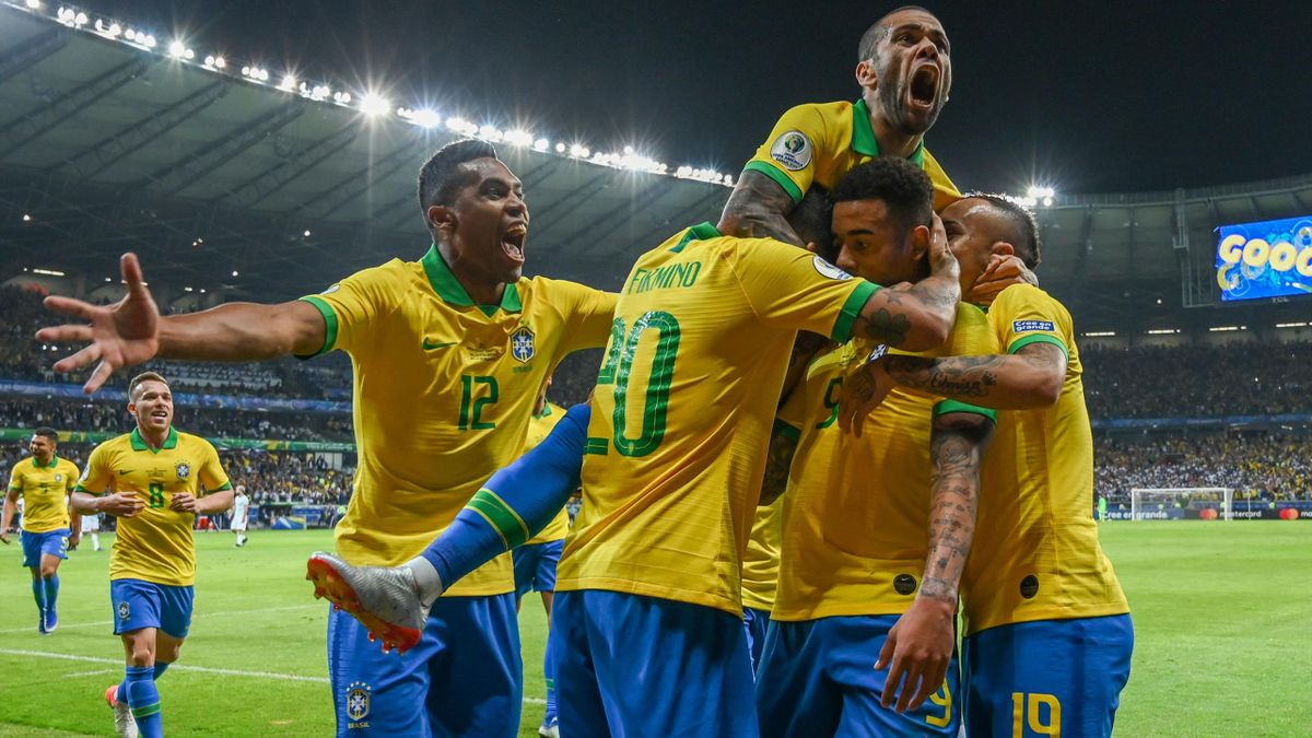 Brazil's Gabriel Jesus (2-R) celebrates with teammates after scoring against Argentina during their Copa America football tournament semi-final match at the Mineirao Stadium in Belo Horizonte, Brazil, on July 2, 2019