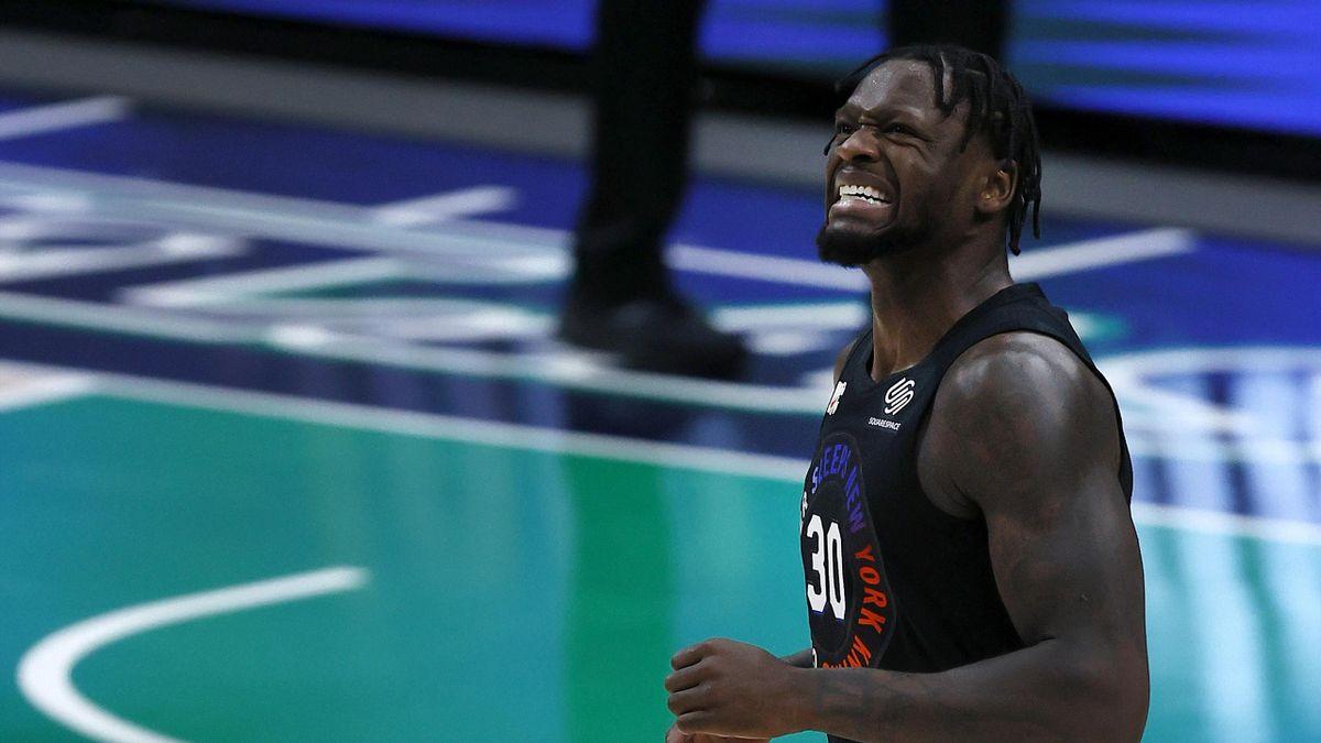 Julius Randle #30 of the New York Knicks