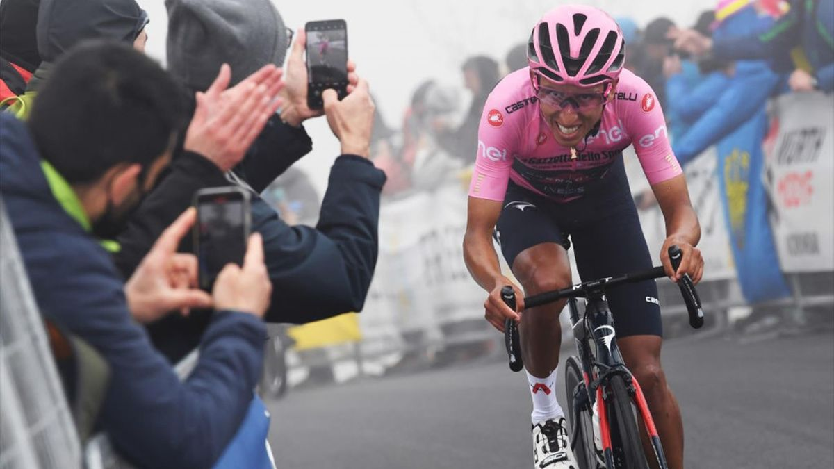 Egan Bernal scatta sullo Zoncolan - Giro d'Italia 2021