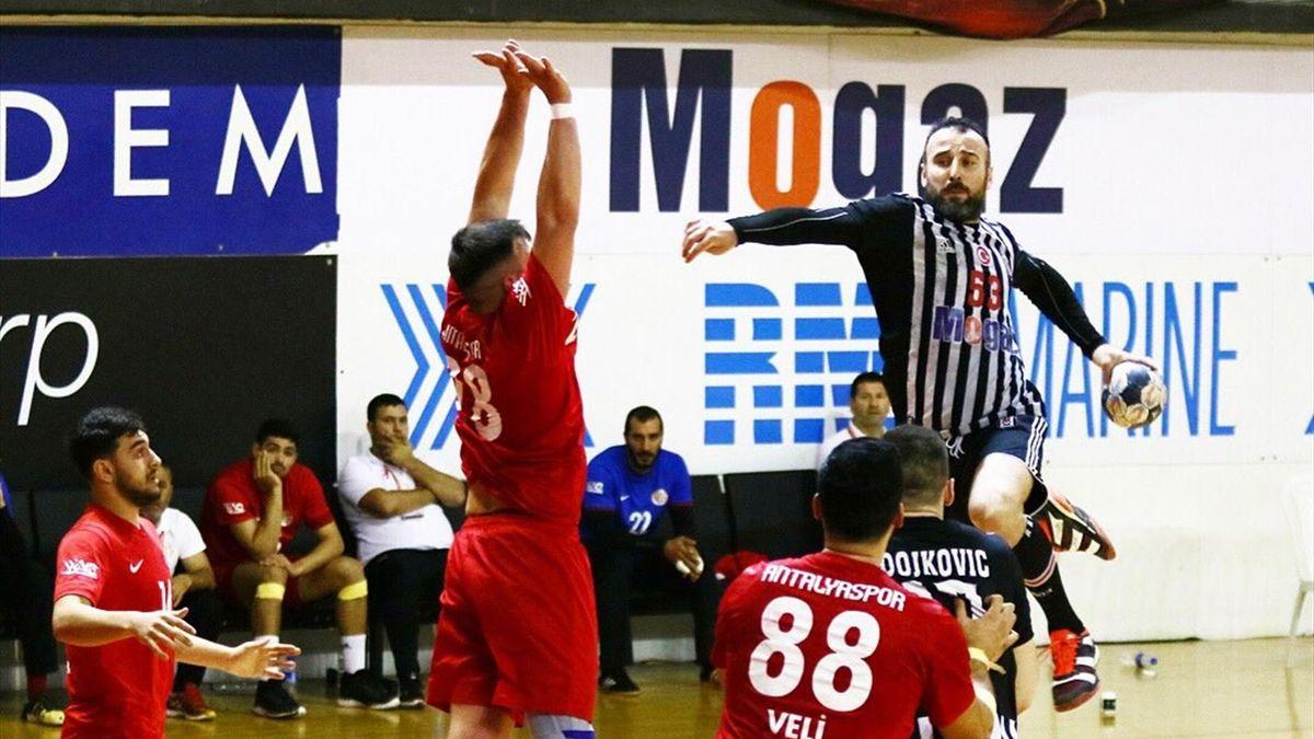 Beşiktaş Mogaz Erkek Hentbol Takımı vs Antalyaspor