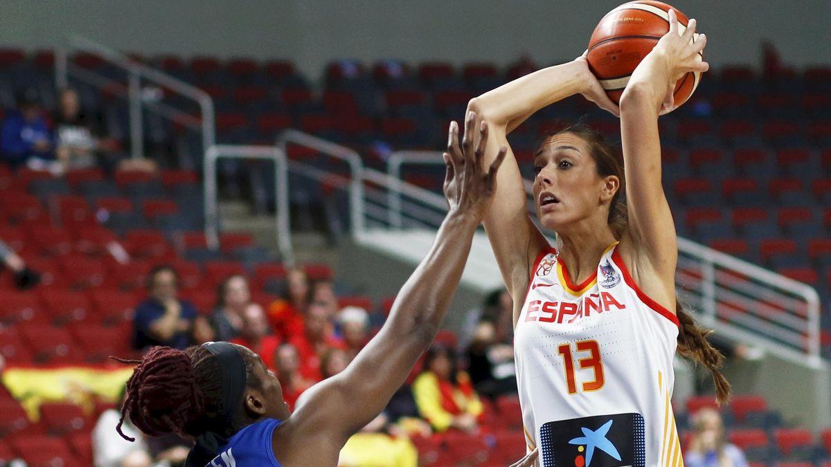 Tamara Abalde (España) en el partido del Eurobasket femenino ante Gran Bretaña