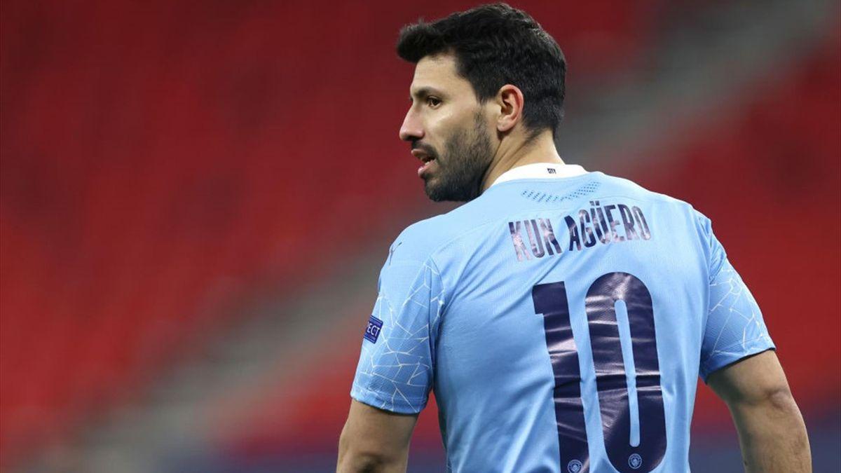 Sergio Agüero deluso nel finale di Manchester City-Borussia Mönchengladbach - Champions League 2020/2021 - Getty Images