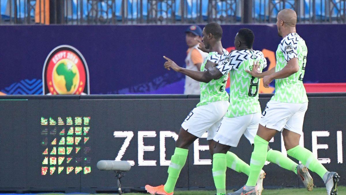 Nigeria gol contra Camerún