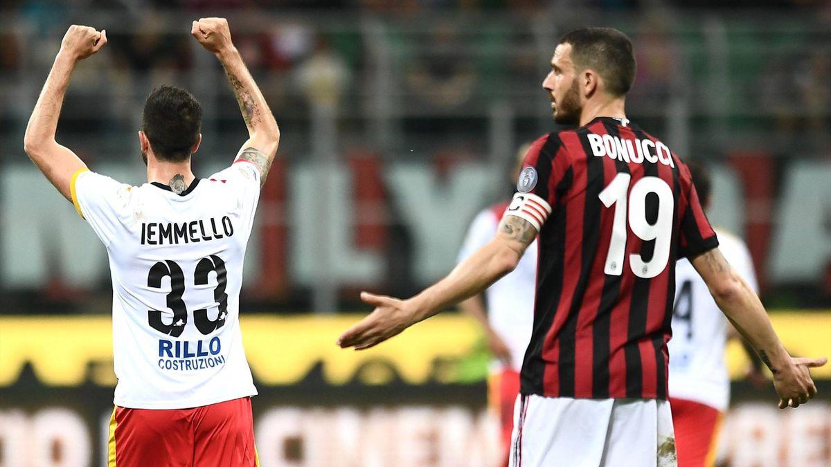Iemmello, Bonucci - Milan-Benevento - Serie A 2017/2018 - Getty Images