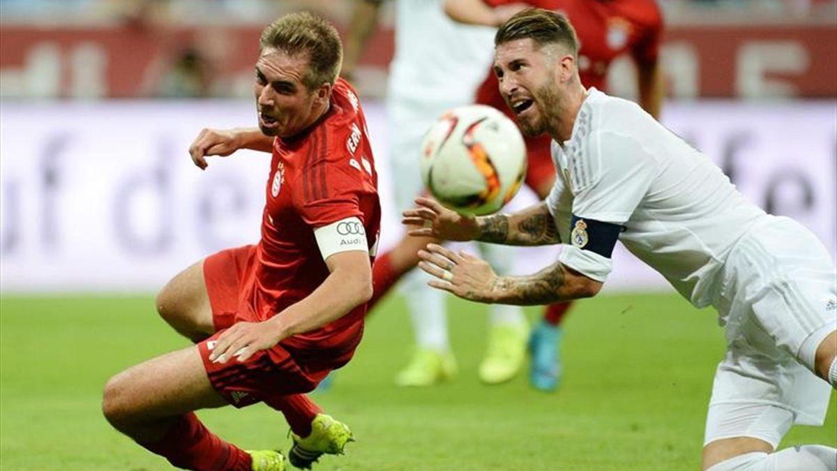 Sergio Ramos y Lahm en el Real Madrid-Bayern de Múnich