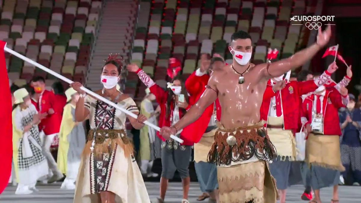 Oiled-up icon Pita Taufatofua makes grand entrance in Opening Ceremony