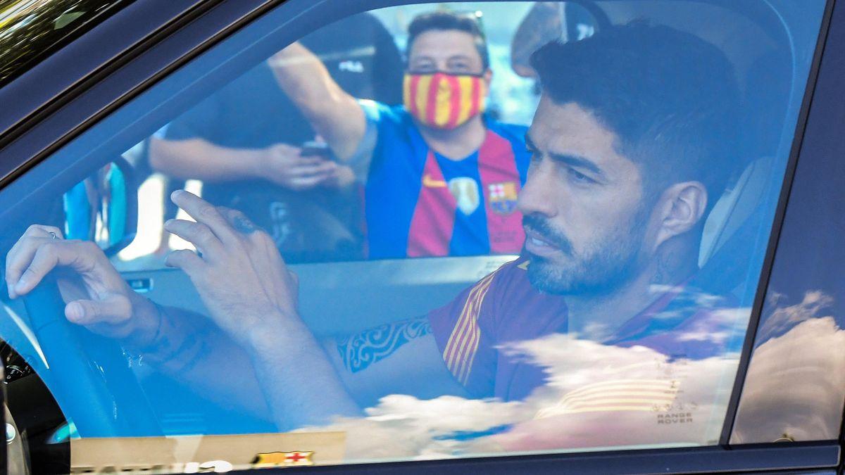 Luis Suarez of FC Barcelona arrives at Joan Gamper Ciutat Esportiva for a training session on September 07, 2020 in Sant Joan Despi, in Barcelona, Spain.