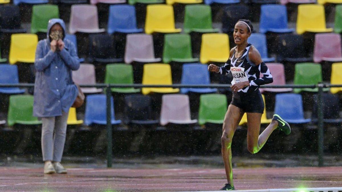 Sifan Hassan hat im Regen von Hengelo einen Europarekord über die 10.000 Meter aufgestellt