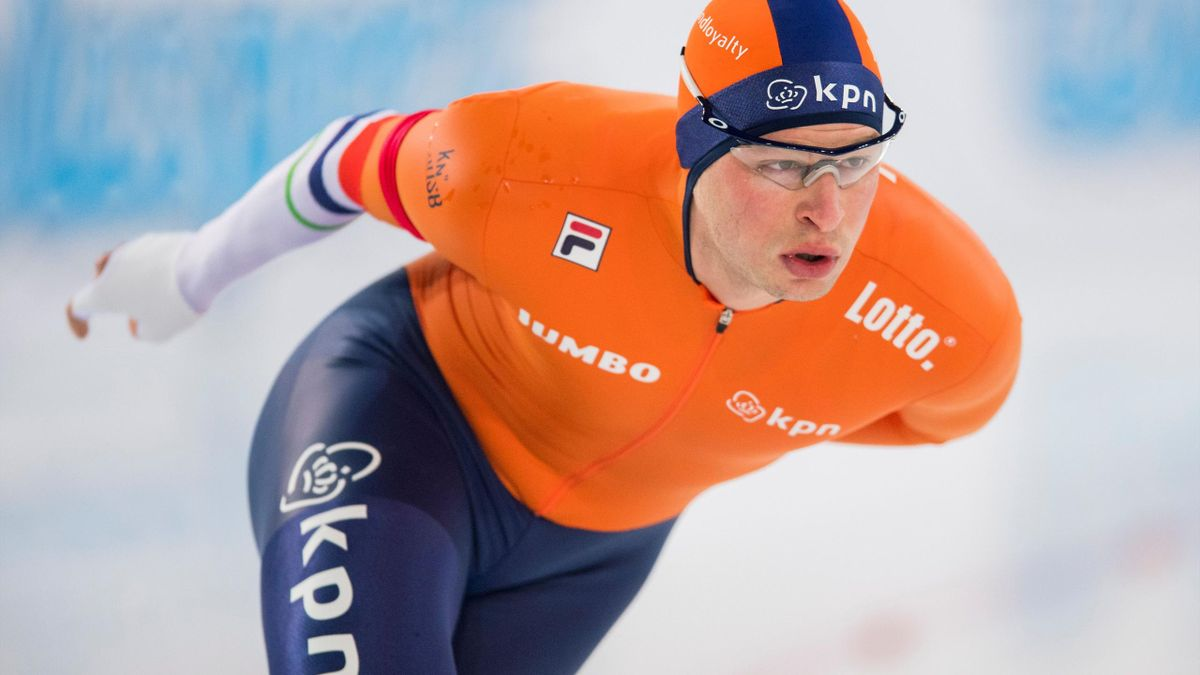Sven Kramer from the Netherlands competes in the men's 5000m competition of the ISU World Allround Speed Skating Championships in Hamar, Norway