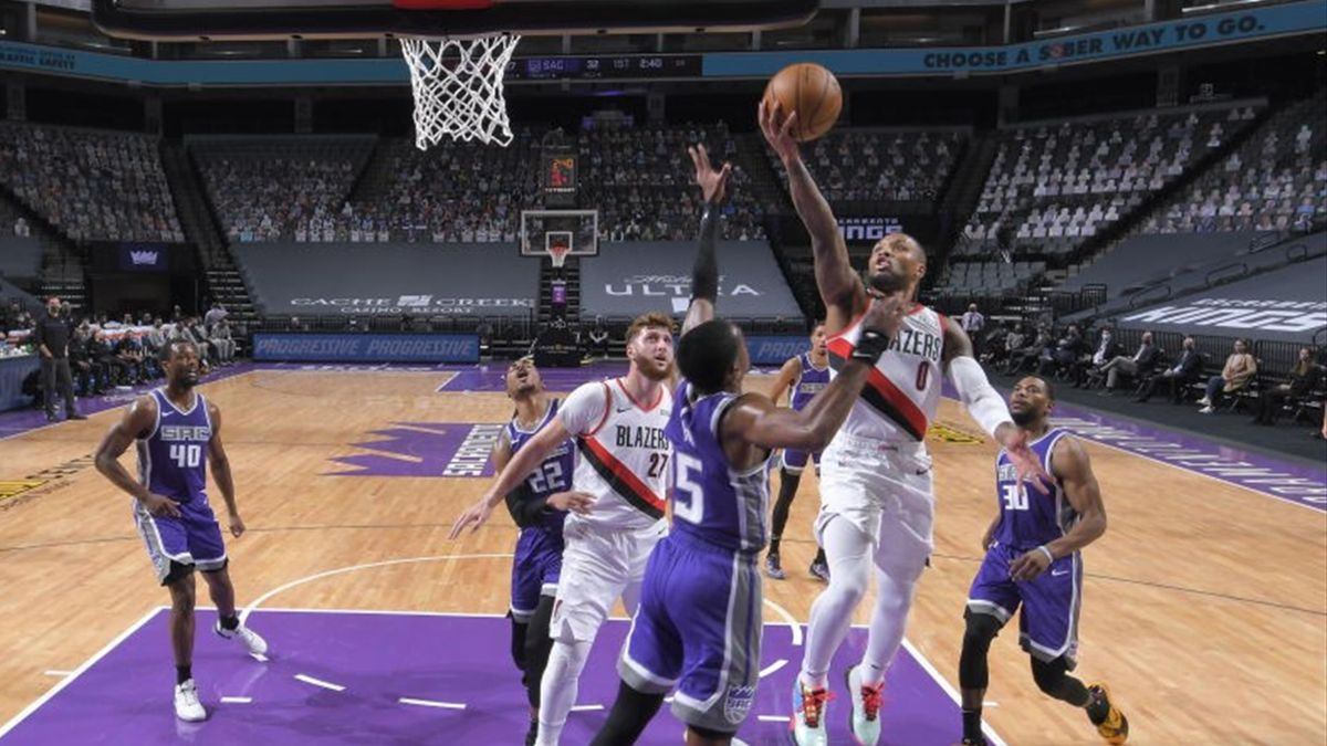 Damian Lillard #0 of the Portland Trail Blazers shoots the ball during the game against the Sacramento Kings on January 13, 2021 at Golden 1 Center in Sacramento