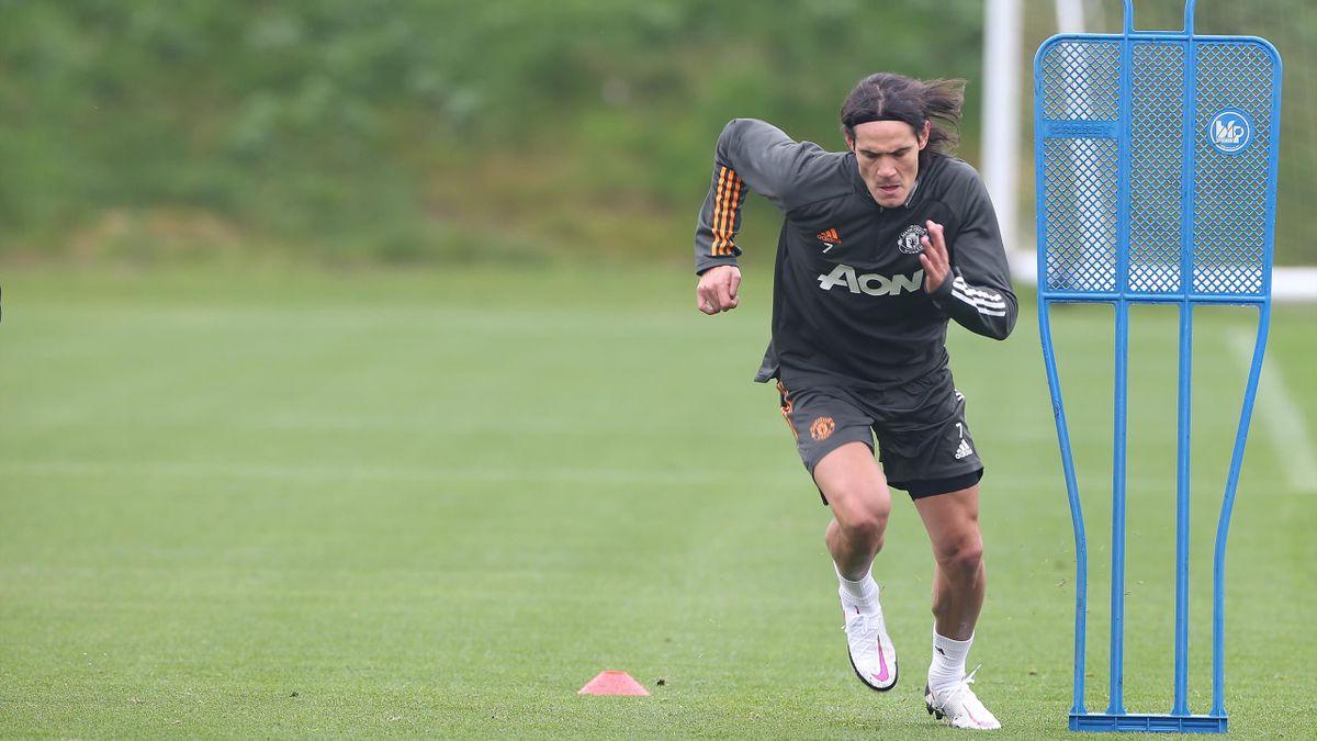 Edinson Cavani in training with Manchester United