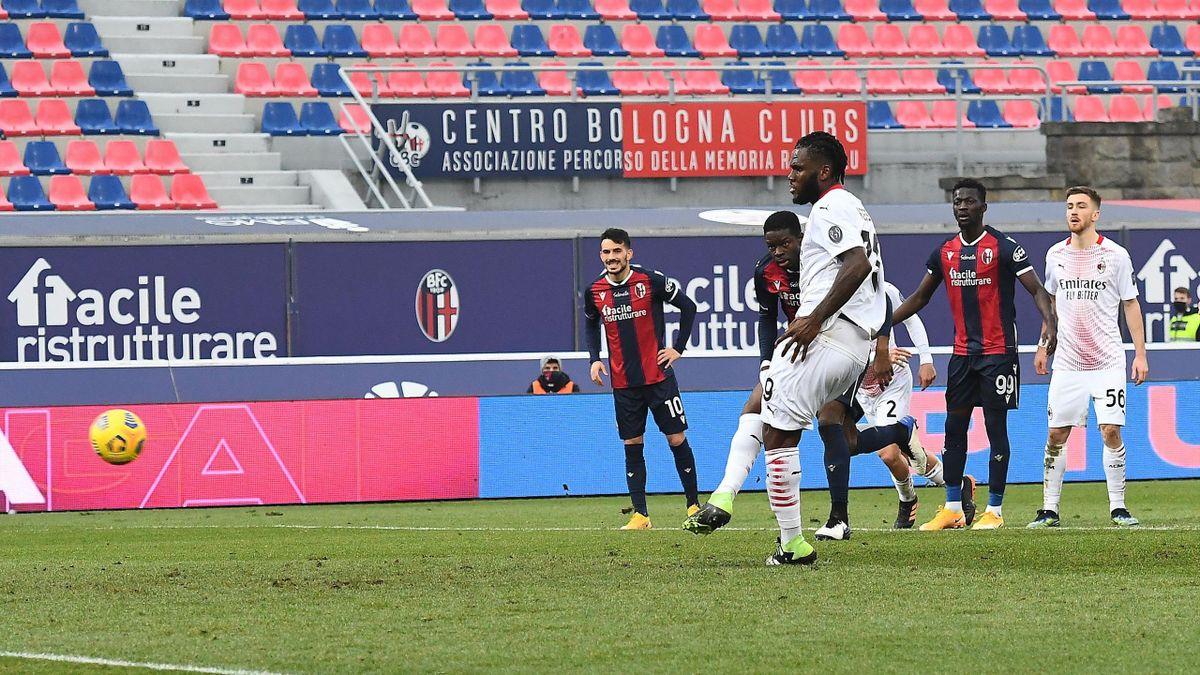 Franck Kessie realizza il rigore al Dall'Ara del momentaneo 2-0, Bologna-Milan, Getty Images