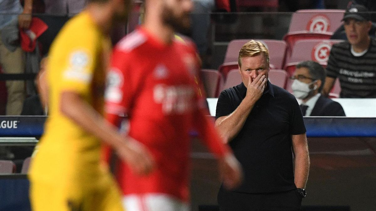 Ronald Koeman during Barcelona's 3-0 defeat to Benfica in the Champions League.