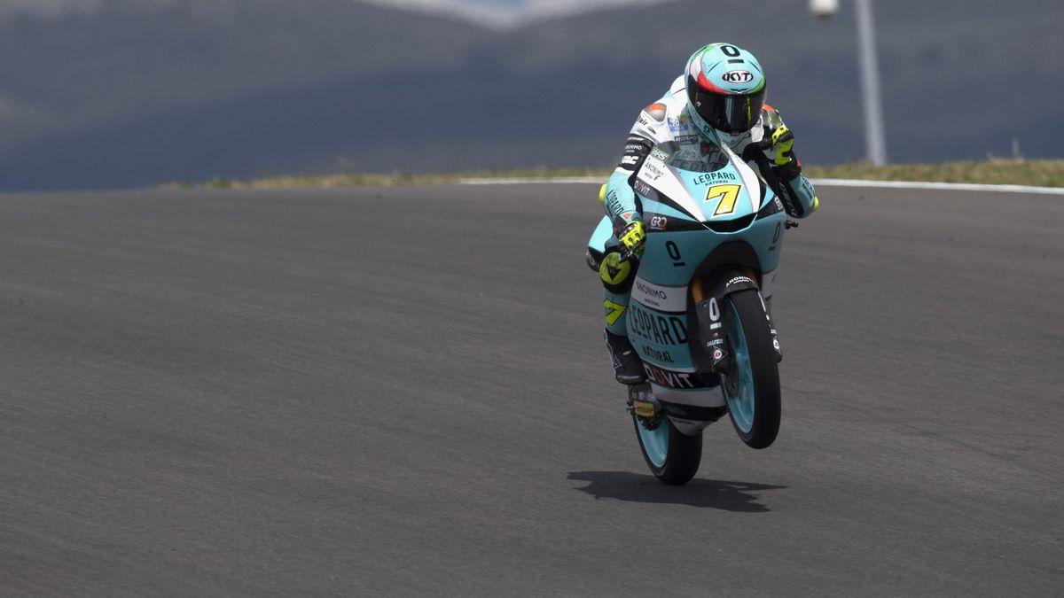 TT Assen | Dennis Foggia wint spectaculaire Moto3 race