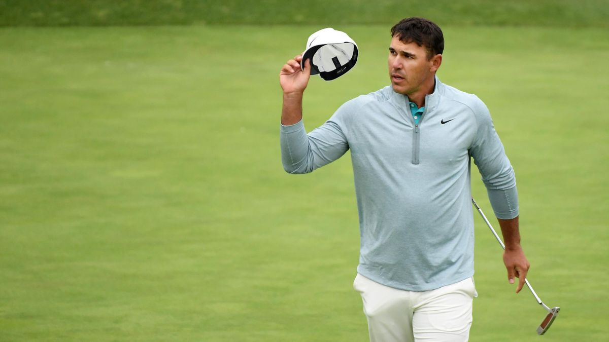 Brooks Koepka of the United States acknowledges the crowd on the 18th green during the final round of the 2019 U.S. Open at Pebble Beach Golf Links on June 16, 2019 in Pebble Beach, California.