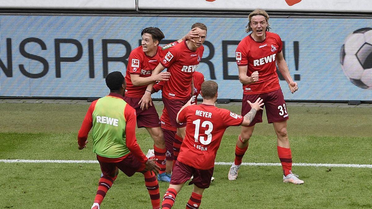 Der 1. FC Köln bejubelt das Tor zur Relegation