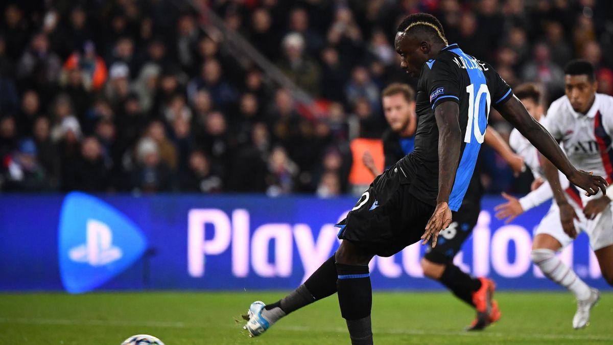 Mbaye Diagne (Club Bruges) manque un penalty face au PSG en Ligue des champions