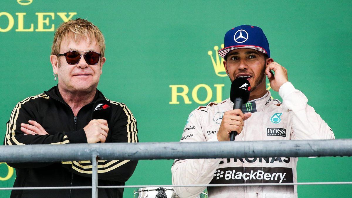 Lewis Hamilton (rechts) mit Sir Elton John