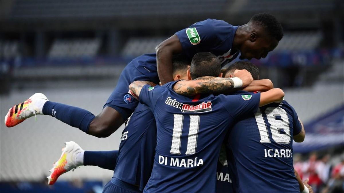 Paris Saint-Germain's players celebrate after scoring the first goal during the French Cup final football match between Paris Saint-Germain (PSG) and Saint-Etienne (ASSE) on July 24, 2020
