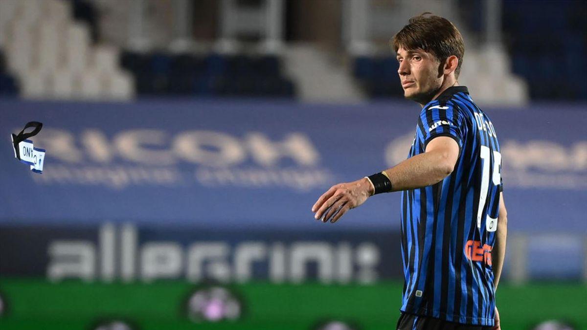 Marten De Roon durante Atalanta-Milan Serie A 2020-21