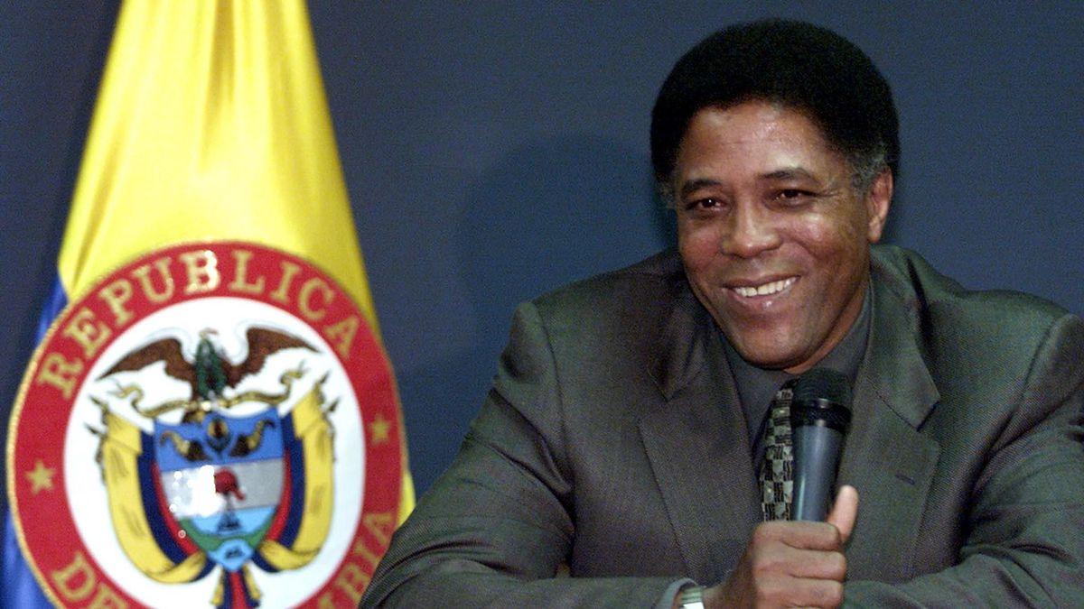 Франсиско Матурана, 2001 год