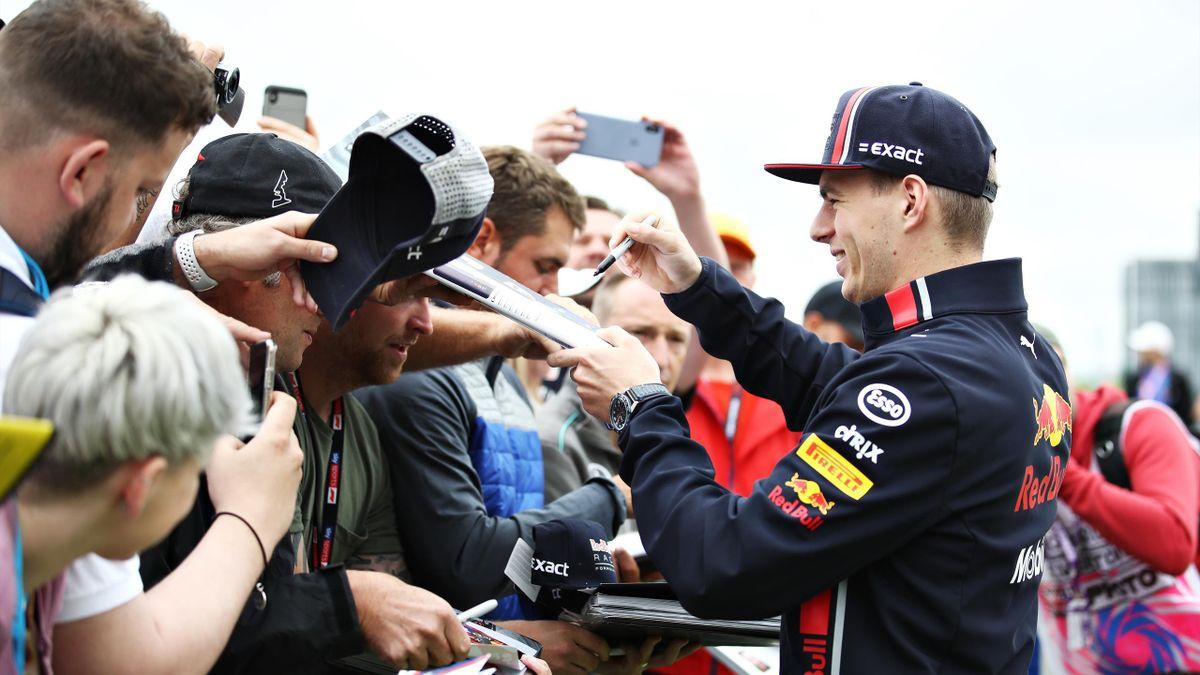 Max Verstappen disponible pour ses fans.