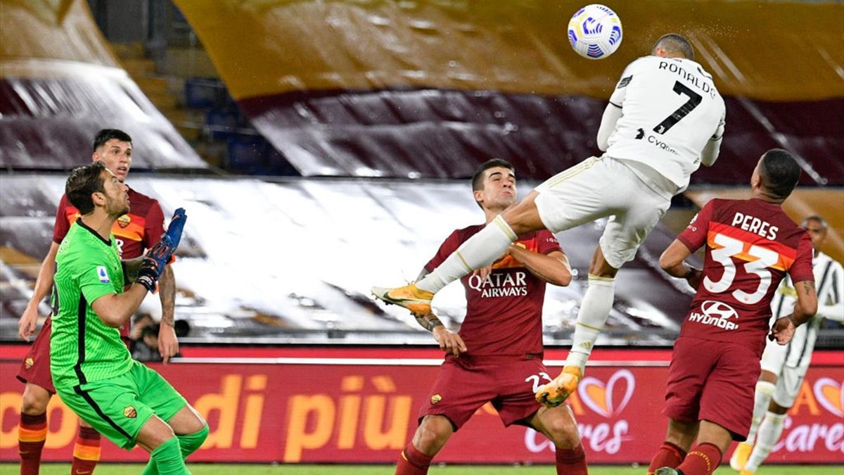 Ronaldo in gol in Roma-Juventus