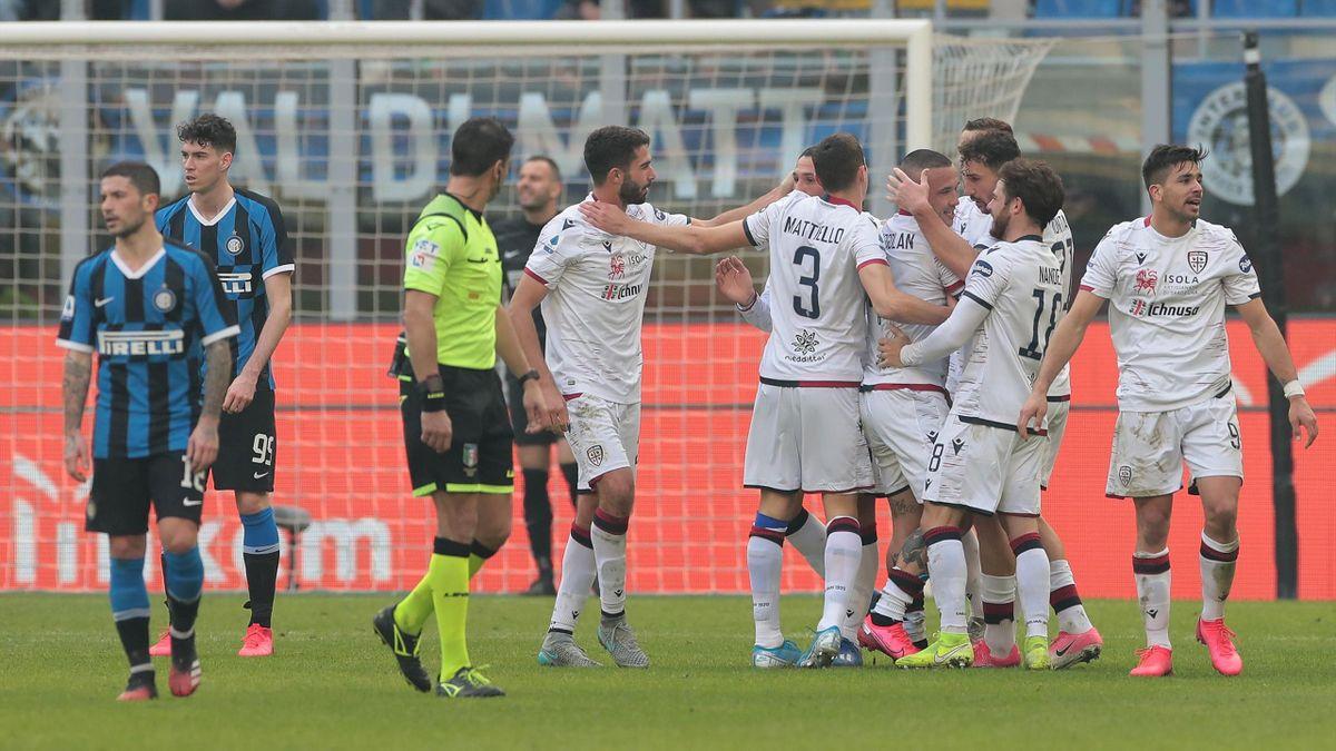 Inter-Cagliari, Serie A 2019-2020: l'esultanza del Cagliari dopo l'1-1 di Radja Nainggolan (Getty Images)