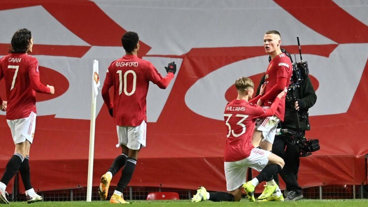 Scott McTominay félicité pour son but pour Manchester United contre West Ham en FA Cup le 9 février 2021