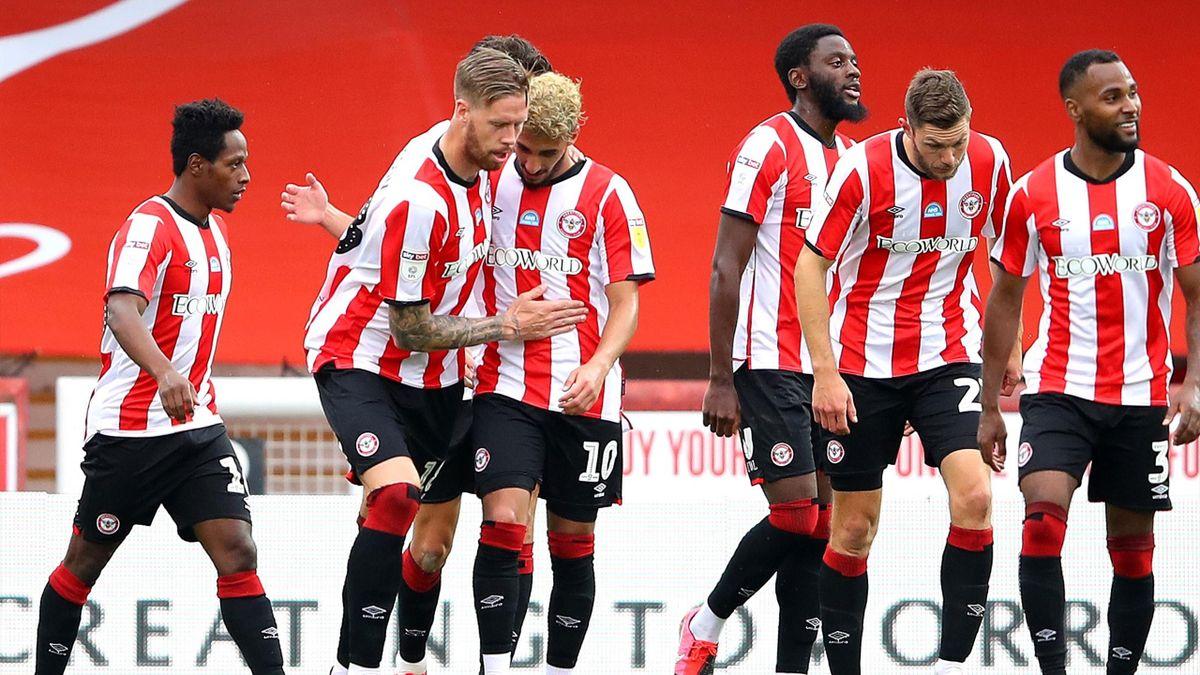 Freude beim FC Brentford: Der Londoner Klub steht im Play-Off-Finale um den letzten Premier-League-Platz