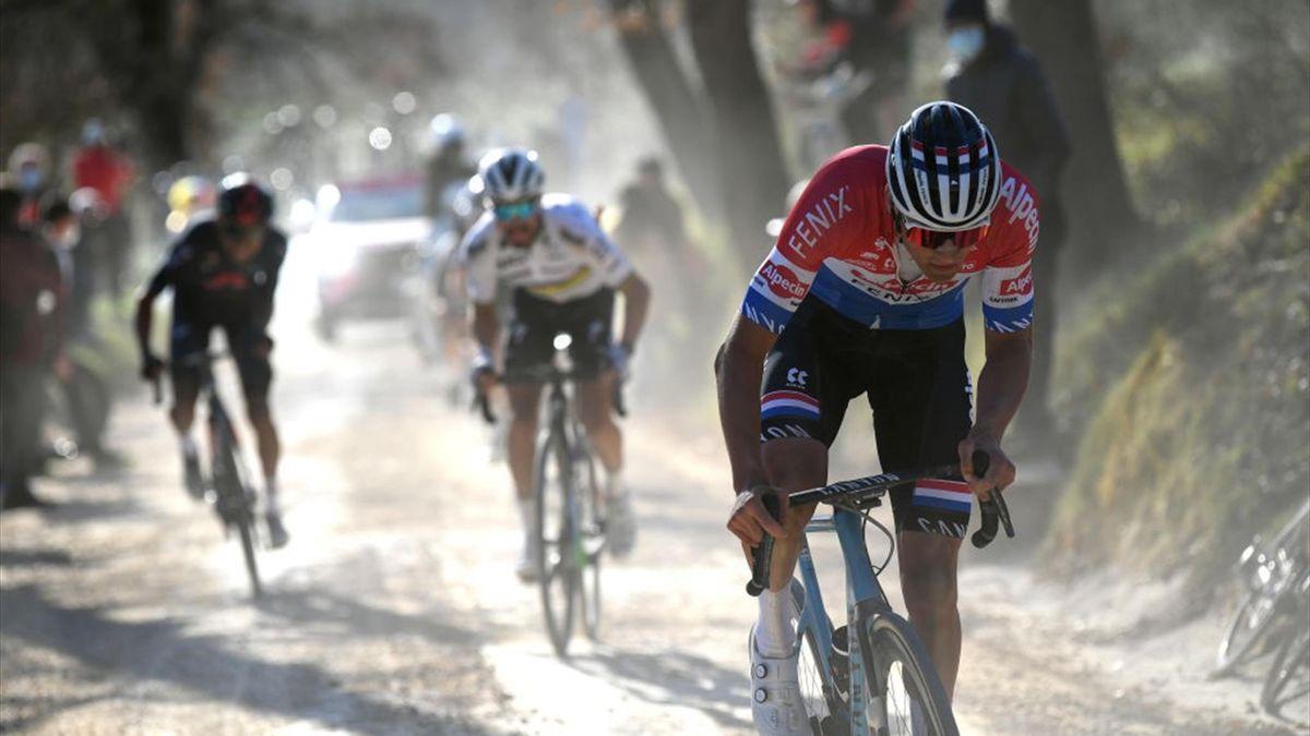3006934 61694408 2560 1440 - Van Aert y Van der Poel, ¿Nueva forma de entender el ciclismo?