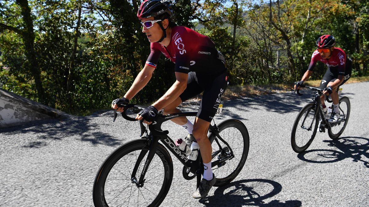 Egan Bernal follows Geraint Thomas' wheel